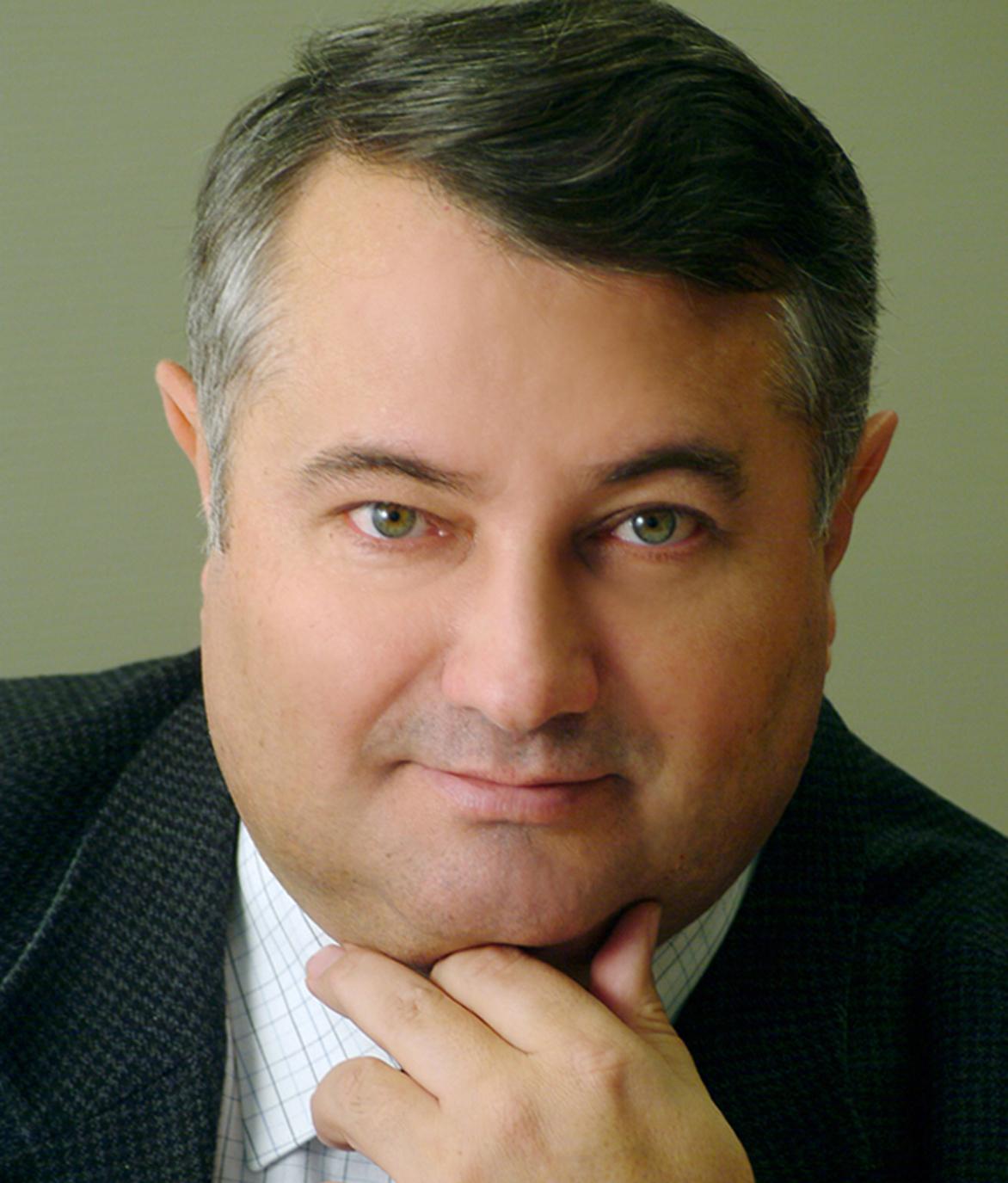 Dr. Péter Lakatos